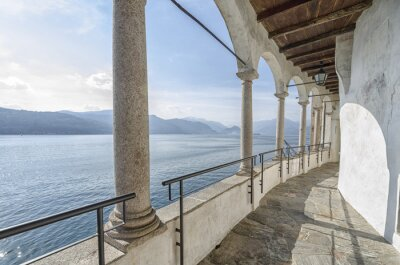 Fototapeta Klasztor Santa Caterina, nad jeziorem Maggiore, Włochy