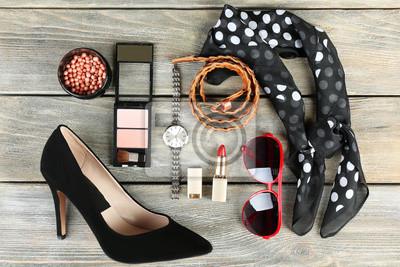 Fototapeta Kobieta mody Essentials obiektów na tle drewniane