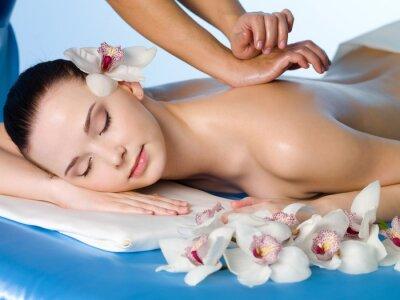 Fototapeta kobieta o relaksujący masaż pleców