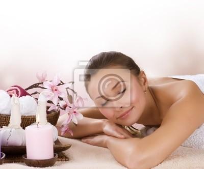 Kobieta Spa. Masaż tajski