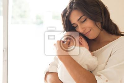 Fototapeta Kobieta z noworodkiem