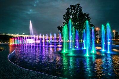 Fototapeta kolorowe fontanny muzyczne w Warszawie