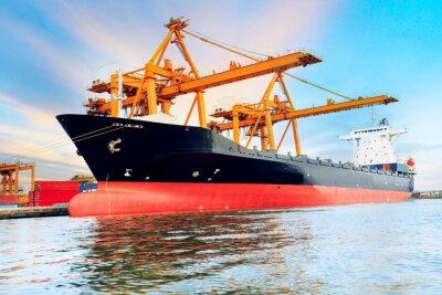 Fototapeta Kontenery handlowe w załadunku statku Shippingport obrazu użytkowania