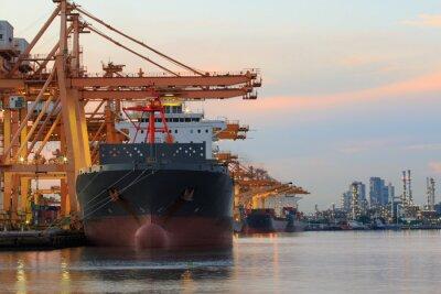 Fototapeta Kontenery w porcie załadunku statków