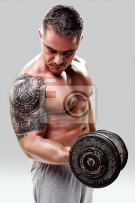 Fototapeta Kulturysta Z Podnoszenia Ciężarów Tatuaż Zbliżenie Na