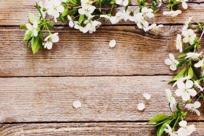 Fototapeta kwiaty na drewnianym tle