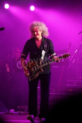 Fototapeta KYIV, UKRAINE - JUNE 30, 2012: Brian May of Queen performs onstage during charity Anti-AIDS concert at the Independence Square on June 30, 2012 in Kyiv, Ukraine