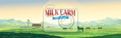 Fototapeta Letni wiejski krajobraz z krowami i farmą, świt nad wzgórzami, z tematyczną etykietą.