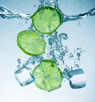 Fototapeta Limes rozpryskiwania do wody