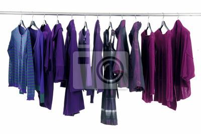 Linia jesienią mody ubrania stojak / zima