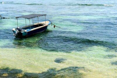 Fototapeta Łodzie w tropikalnym morzu
