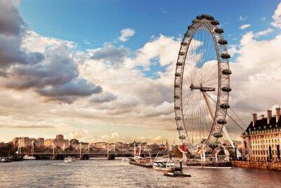 Fototapeta Londyn skyline UK. Tamiza