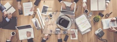 Fototapeta Ludzie biznesu pracuje w biurze