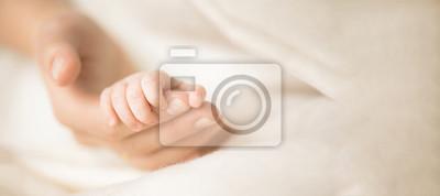 Fototapeta Macierzyństwo, rodzina, koncepcja porodu. Skopiuj miejsce na Twój tekst. Transparent