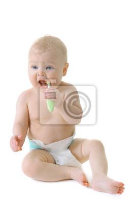 Mała dziewczynka z ząbkowanie szczotki