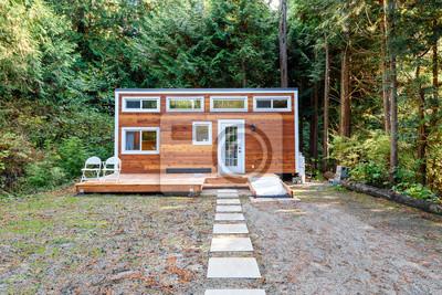 Fototapeta Mały drewniany domek. Projekt zewnętrzny.
