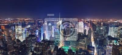 Manhattan panorama w nocy