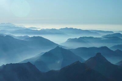 Fototapeta Mgły w dolinach podnóża Alp