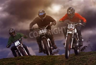 Fototapeta Motocykl Szyfrowanie lub motocross odbywa się w trudnym terenie i obejmuje stromych wzniesień