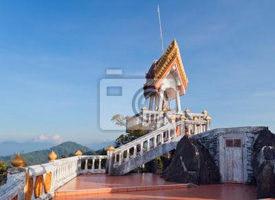 Na szczycie Tiger Temple (Wat Tham Suea)
