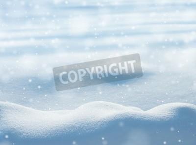 Fototapeta Naturalne tło zimowy z zaspy śniegu i padający śnieg