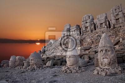 Fototapeta nemrut mountain ancient city in south east turkey