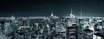 Fototapeta New York City Manhattan skyline w nocy