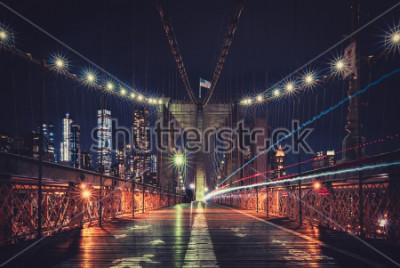 Fototapeta New York City Skyline at night from the Brooklyn Bridge