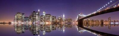 Fototapeta New York skyline i refleksji w nocy