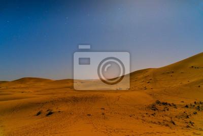 Noc w Erg Chebbi Wydmy piaszczyste w pobliżu Merzouga, Maroko