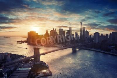 Fototapeta Nowy Jork - Manhattan po zachodzie słońca, piękny pejzaż