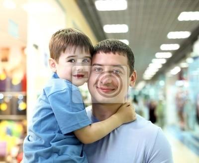 Fototapeta Ojciec i dziecko robi zakupy