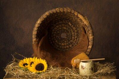 Fototapeta Open beehive and sunflowers