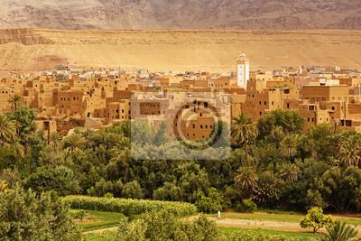 Palmy i historyczna wieś w Ourzazate, Maroko