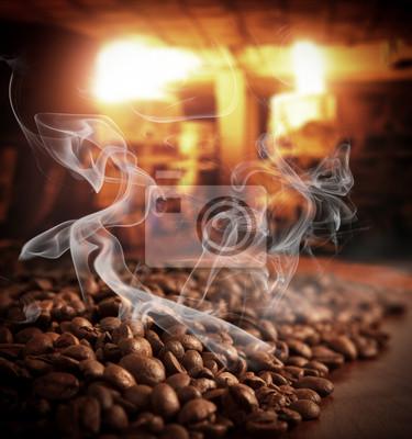 Palone ziarna kawy parze
