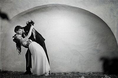 Fototapeta Panna młoda i pan młody taniec