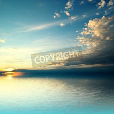 Fototapeta Panorama morza o zachodzie słońca