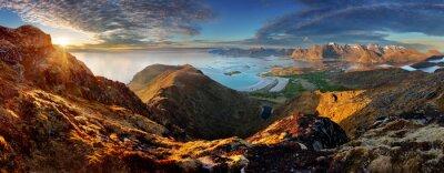 Fototapeta Panorama Norwegia Krajobraz z oceanu i góry - Lofoty