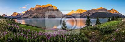 Fototapeta Panorama sunrise at Bow Lake, Park Narodowy Banff