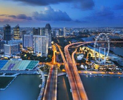 Fototapeta Panorama z Singapuru z Marina Bay Hotel, w nocy.