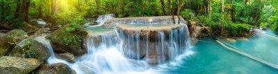 Fototapeta Panoramiczna piękna głęboka lasowa siklawa w Tajlandia