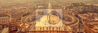 Fototapeta Panoramiczny widok z lotu ptaka St Peter kwadrat w Watykan, Rzym Włochy