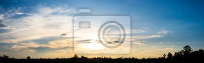 Panoramiczny widok zachód słońca niebo tło
