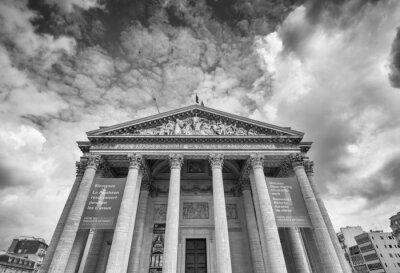 Fototapeta PARIS - OKOŁO czerwca 2014: Widok z zewnątrz Panteon. Landmar