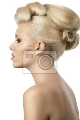 Piękna Blondynka Z Fryzury Gracz W Profilu Fototapety Redro