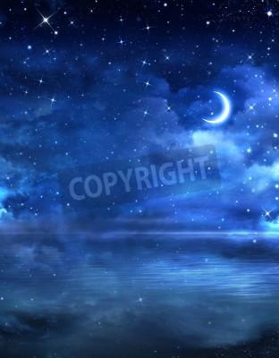 Fototapeta piękne nocne niebo na otwartym morzu