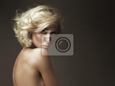 Piękny portret blond piękności