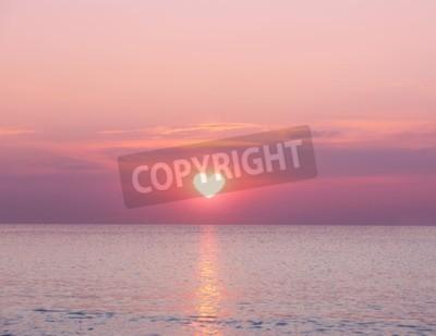 Fototapeta Piękny wschód słońca na tle morza