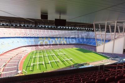 Fototapeta Piłka nożna stadion Camp Nou wnętrza panoramy z pola trawy, stojaki i komentatorzy pudełka w Barcelonie