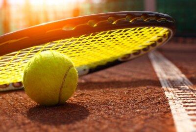 Fototapeta piłki tenisowe na korcie tenisowym